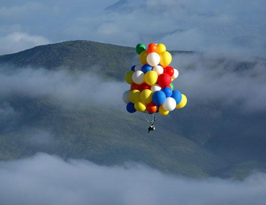 voler avec des ballons beaudruche