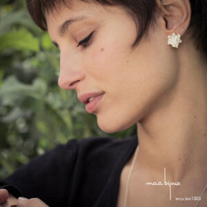 boucles d'oreille fleur d'écume, en argent massif recyclé, bijou écologique fait main en France