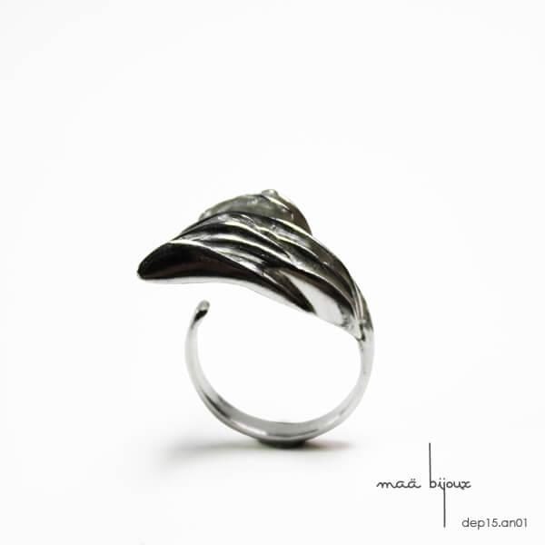 bague en argent massif recyclé, bijou d'artisan, mouvement, bague imposante, bijou écologique