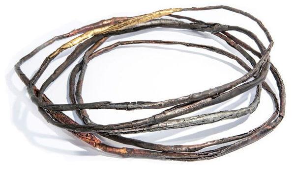 Annie HUANG, bijoux contemporain, collier écorce sur le blog des vertes et des murmures