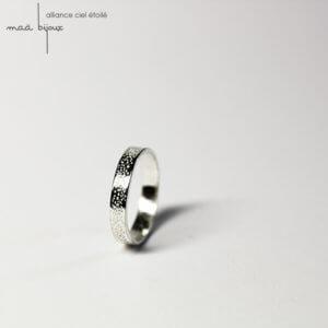 Alliance maä en argent massif recyclé pour homme et femme, modèle Ciel étoilé, inspiration de la nature, bijoux écologique fait main en France, mariage éthique