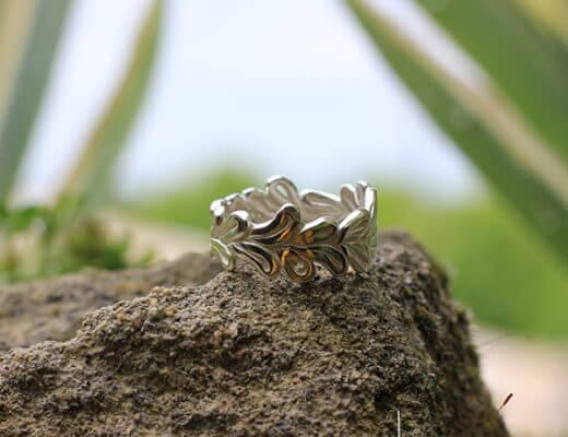 Alliance maä en argent massif modèle couronne, inspiration de la nature, bijoux écologique fait main en France, mariage éthique