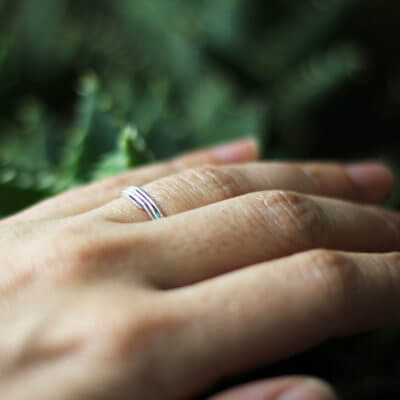 Alliance maä en argent massif 925 recyclé, modèle morgane, bague minimaliste, fil d'argent, bijoux écologique fait main en France, mariage éthique