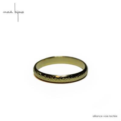 Alliance maä en or jaune 18 carats recyclé, modèle voie lactée, inspiration de la nature, bijou écologique et éthique