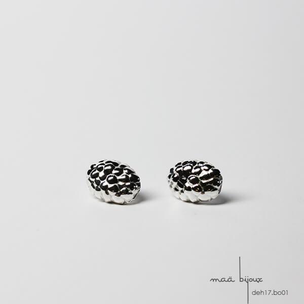 boucles d'oreille puces ovales texturés, inspiré de la nature, bijoux ecologique fabriqué en France, maä bijoux