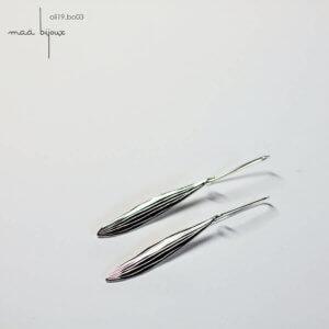 boucles d'oreille pendantes plumes inspiré de la nature, argent massif recyclé avec crochet, fabriqué en France par une artisane, collection olivine