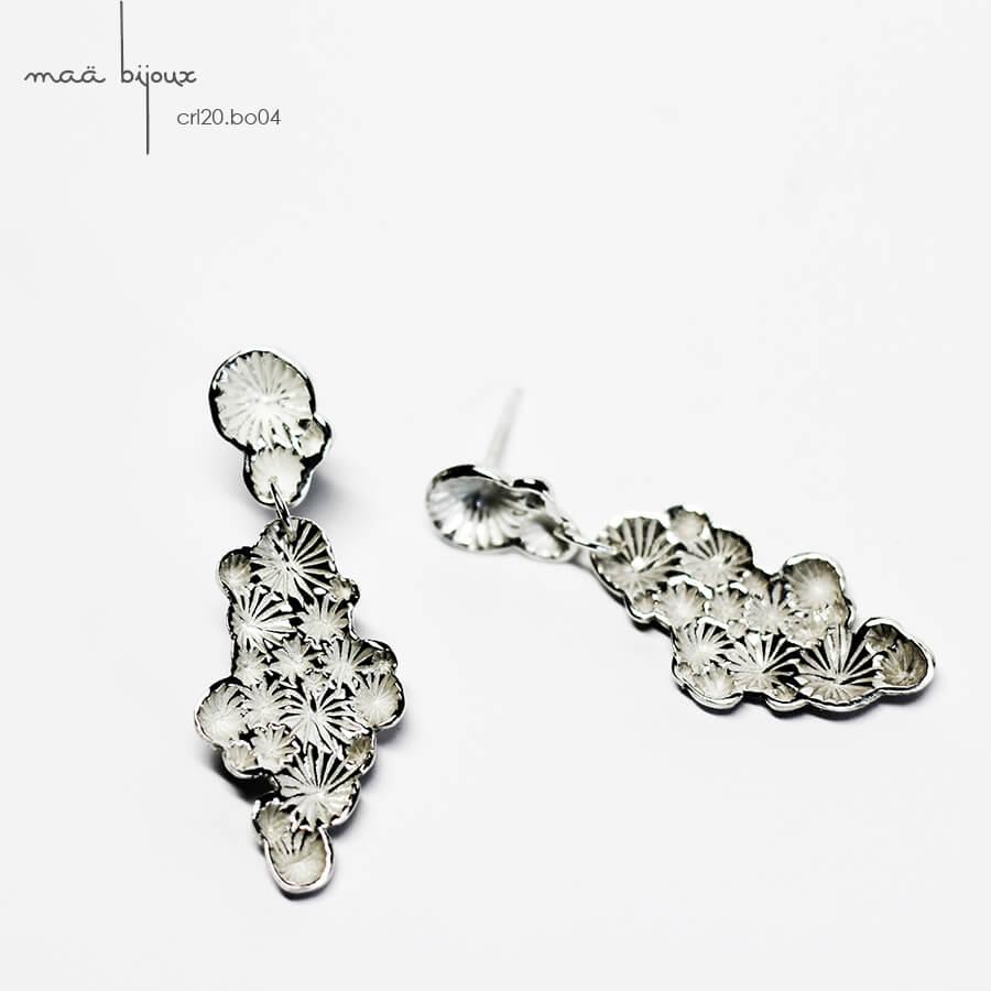 Boucles d'oreille chandelier pendantes de la collection corail inspiré de la nature fabriqué en france en argent massif recyclé, bijoux écologique, maä bijoux